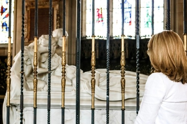 Susan Heinrich looks at the tomb of Lady Mary Curzon at the Kedleston Hall chapel
